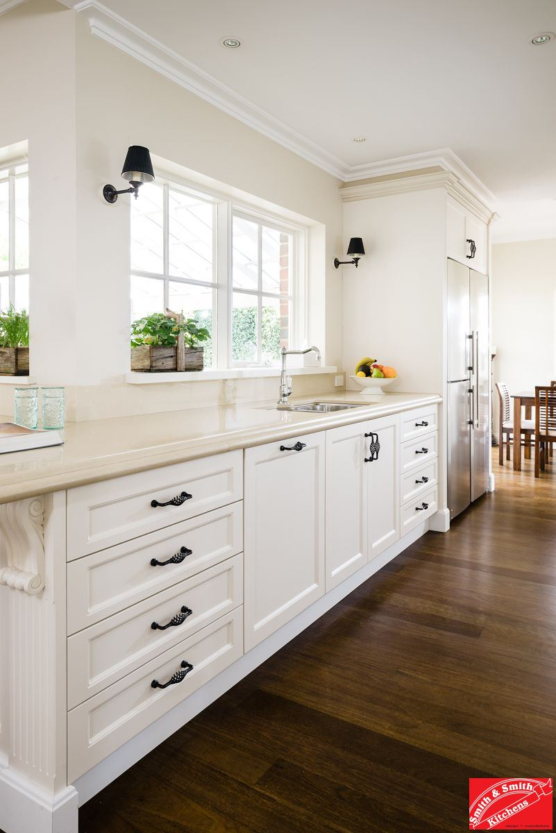 Balwyn country kitchen smith smith - Country style kitchen cabinets ...