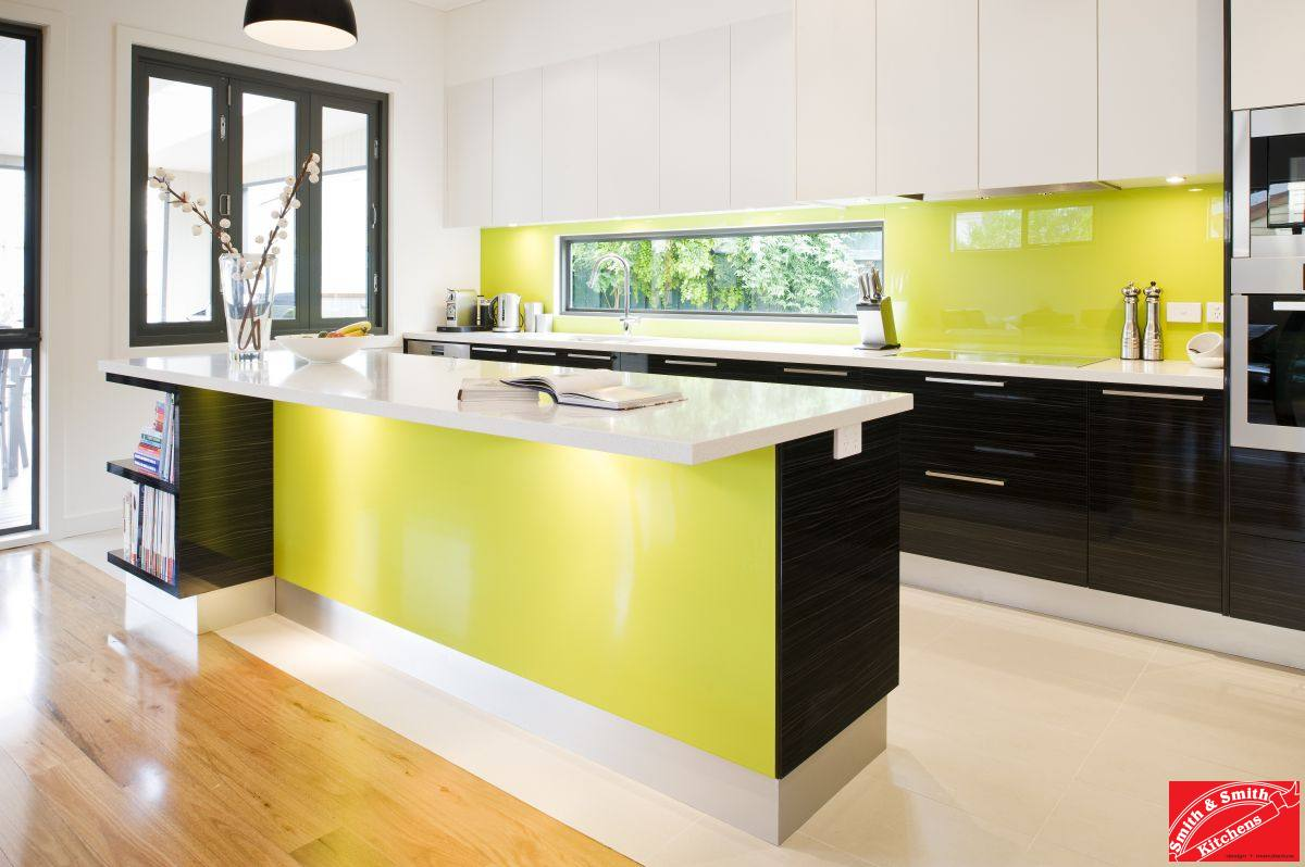 Lime Kitchen Pictures | Modern Lime Kitchen | Smith & Smith Kitchens