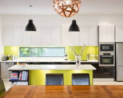 brunswick_modern_kitchen_pic01