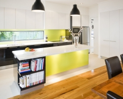 brunswick_modern_kitchen_pic02