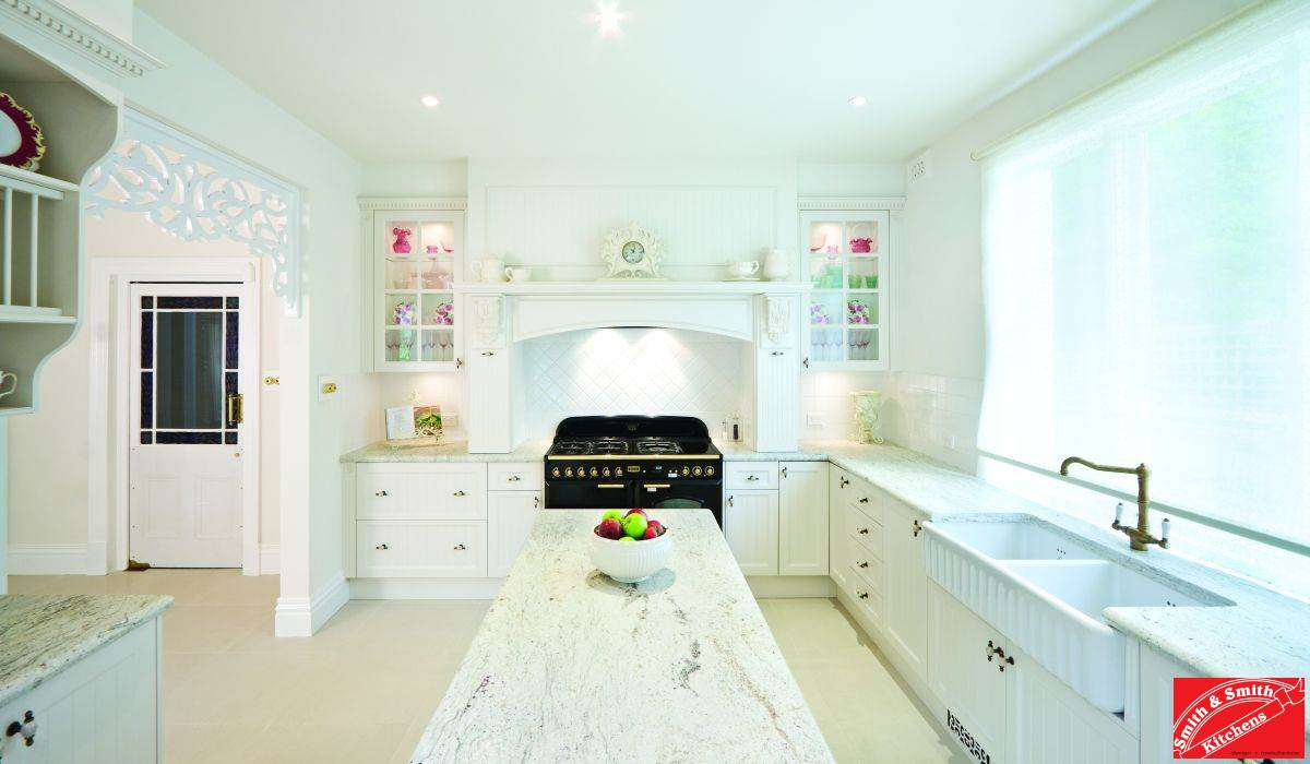 Country Picture Kitchen | Country Pics Kitchens | Smith & Smith Kitchens