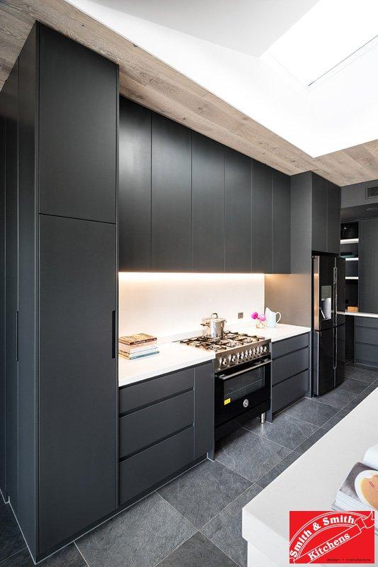 Modern White Kitchen Pics: Modern White Kitchen Pics