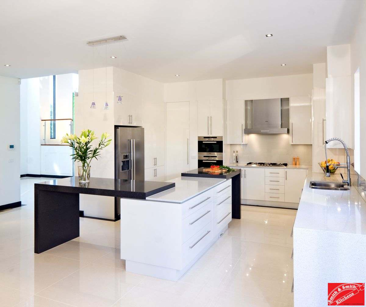 Modern white kitchen modern white kitchen pics smith for Kitchen display
