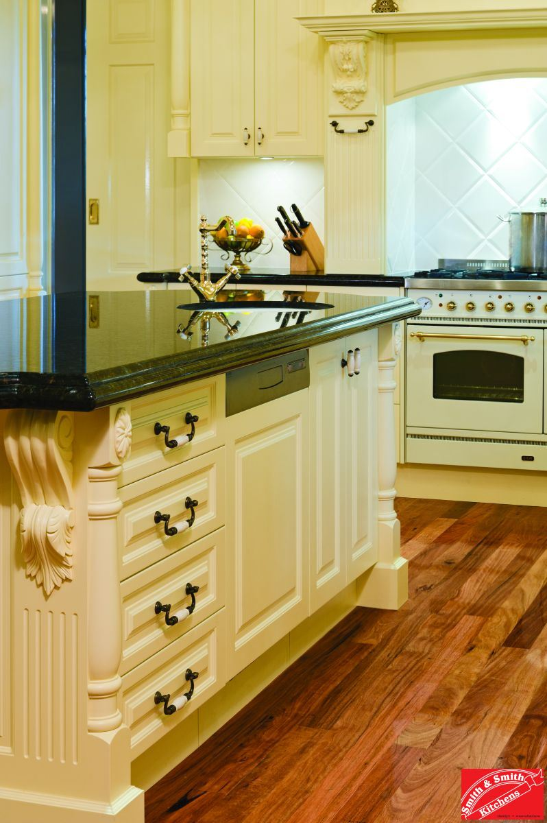 What Is A Kitchen: Country Kitchen Gallery