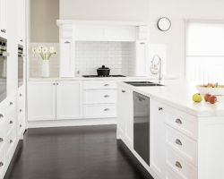 Kew Modern Classic Kitchen by Smith & Smith Kitchens