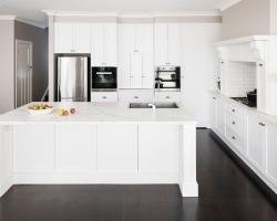 Kew Modern Classic Kitchen by Smith & Smith Kitchens
