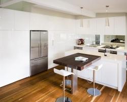 richmond_modern_kitchen_pic01