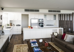 toorak_modern_kitchen_001.jpg