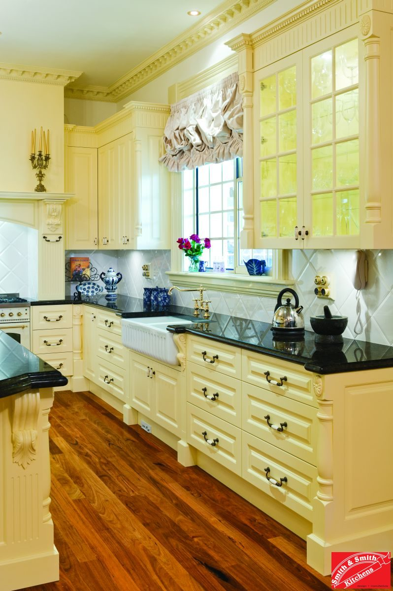 Country Style Gallery Kitchen
