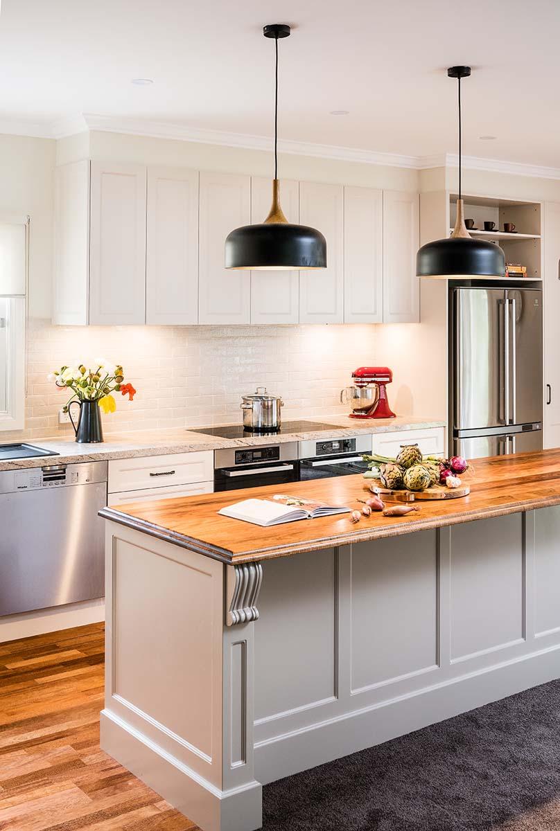 Hamptons Style Kitchen Glen Iris | Smith & Smith