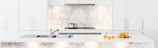Kitchen Splashback: Stone